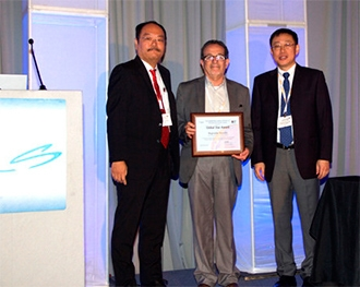 Pesquisador do CDMF recebe prêmio da Sociedade Americana de Cerâmica